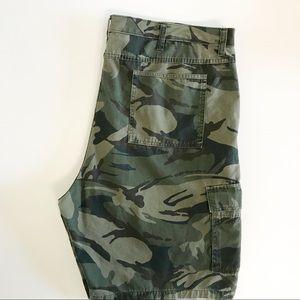 Wrangler Shorts 42 Cargo Tech Pockets Camo Relaxed